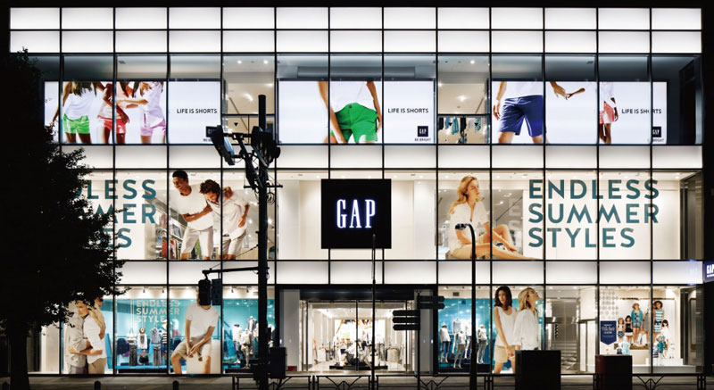 "gap inc japan expansion analysis Gap's unprecedented growth is a direct result of meeting a niche in the clothing market, at a time when the gap was well positioned to meet the new demands of this ""business-casual"" trend, introducing other chains to expand its customer base, and aggressive expansion in the global marketplace ."